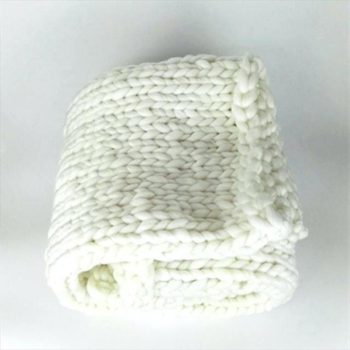 Super Chunky Knit Blanket Super Chunky Knit Blanket