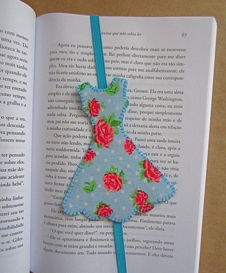 A Beautiful Handmade DIY Wood Colorful Fabric Bookmark