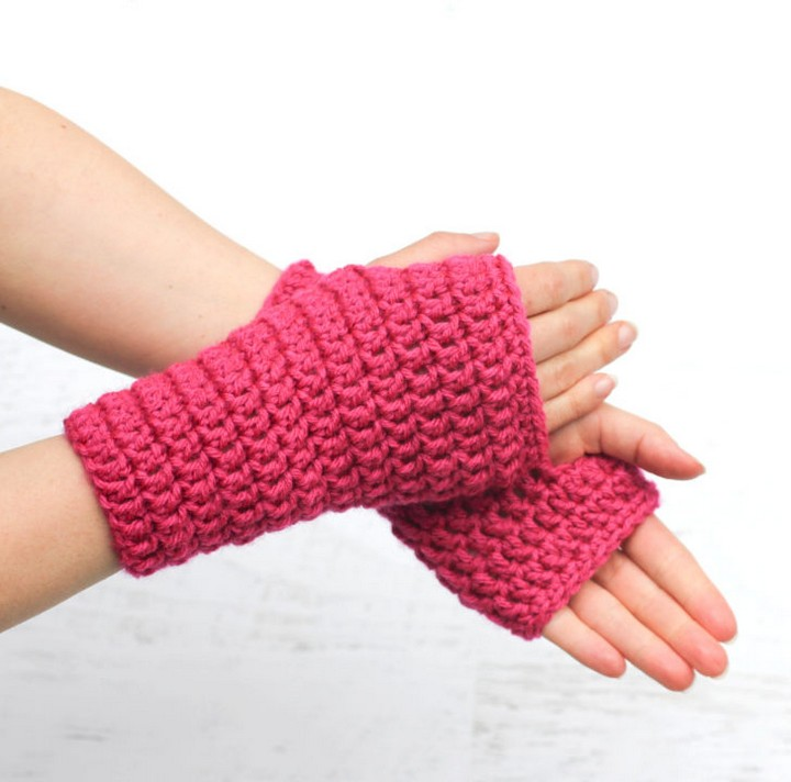 Beautiful Pink Color Knitted Crochet Fingerless Gloves