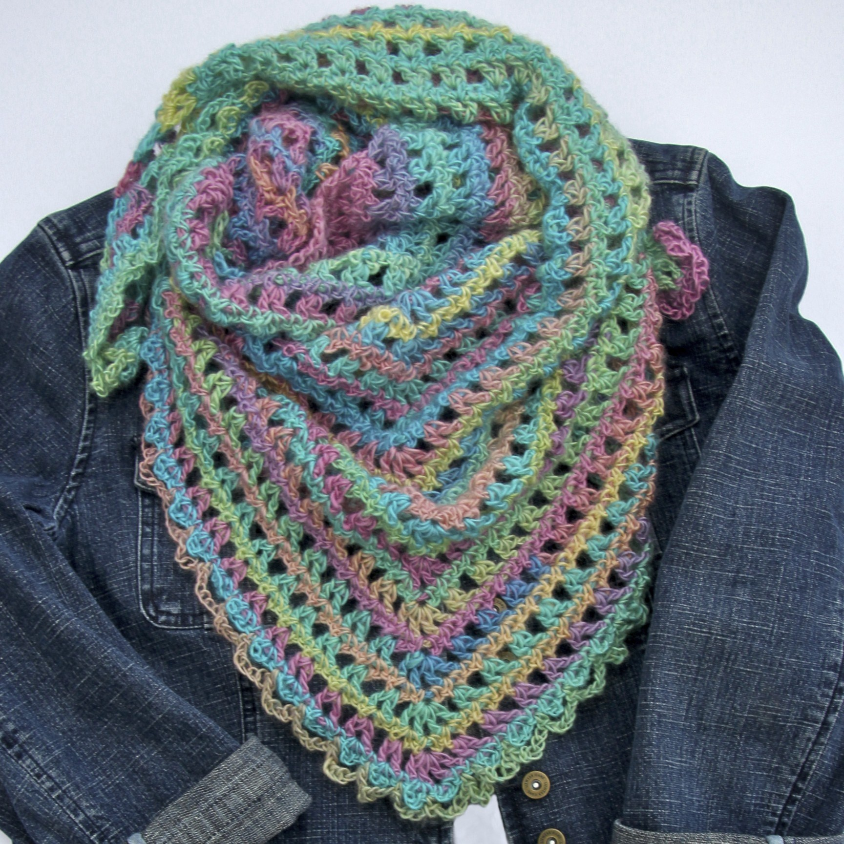 8 Crochet Scarf Free Patterns For Beginners
