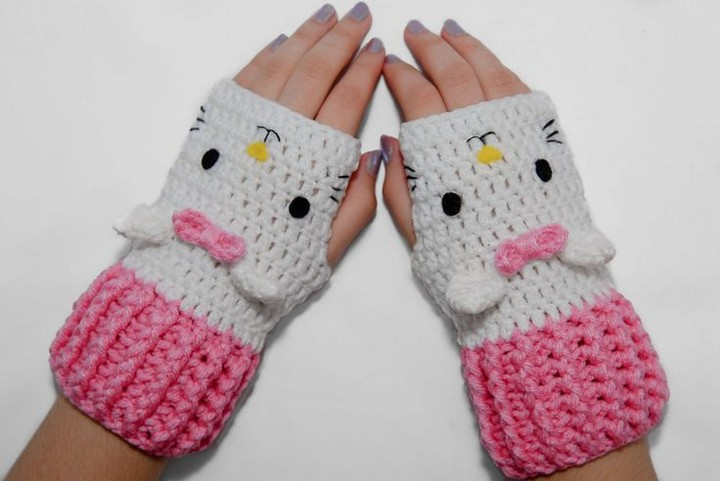 Cute DIY Hello Kitty Crochet Fingerless Gloves Pattern
