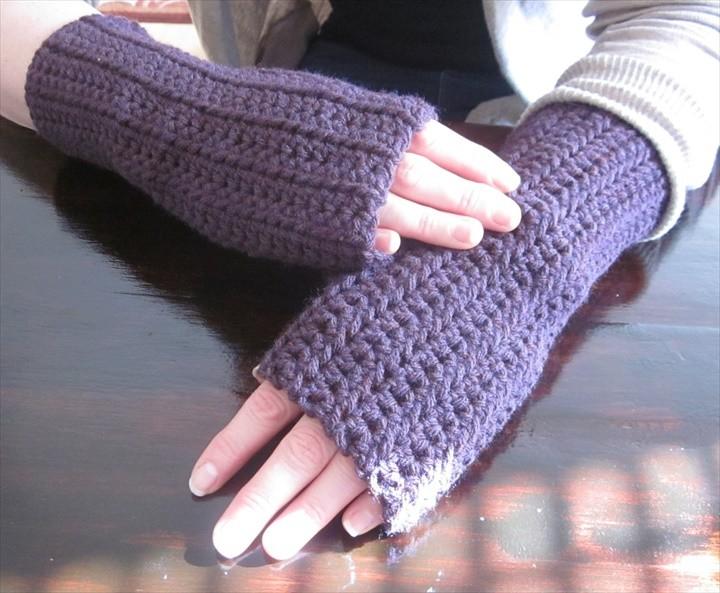 DIY Crochet fingerless gloves