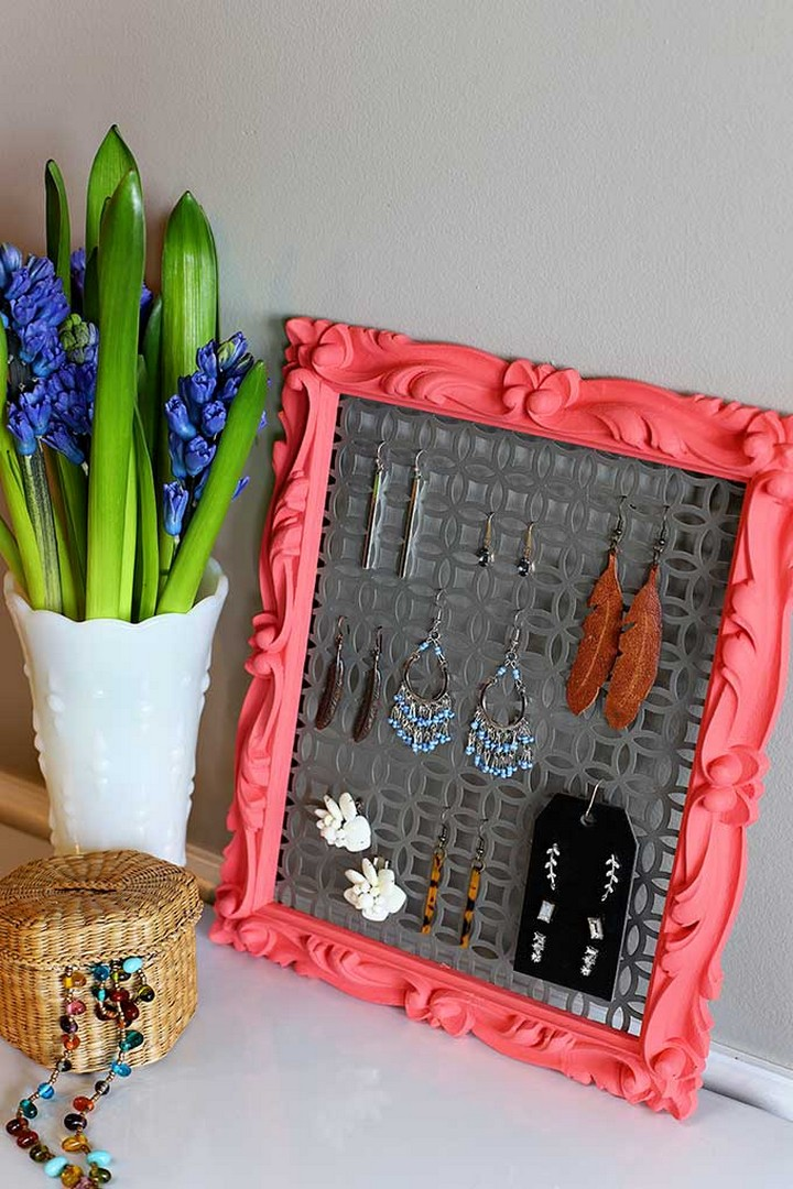 14 DIY Earring Holder Ideas - Fabulous Earrings Holder Ideas