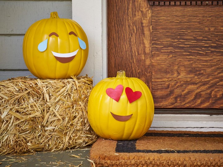 DIY Emojii Pumkin Handmade Ideas Easy To Make