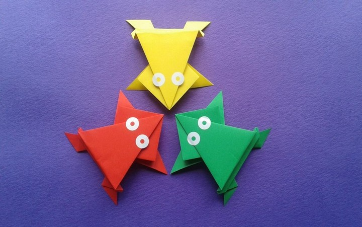 DIY Origami Frogs For Kids To Make