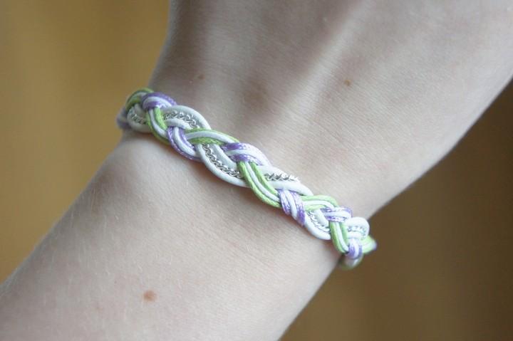 DIY Pastel Braid Bracelet Tutorial