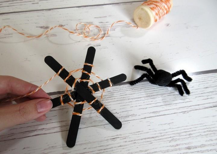 DIY Popsicke Stick Halloween Craft String On Web