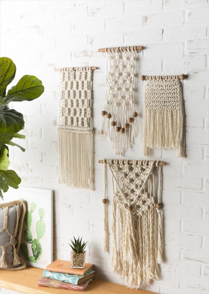 Easy To Make Macrame Wall Hanging