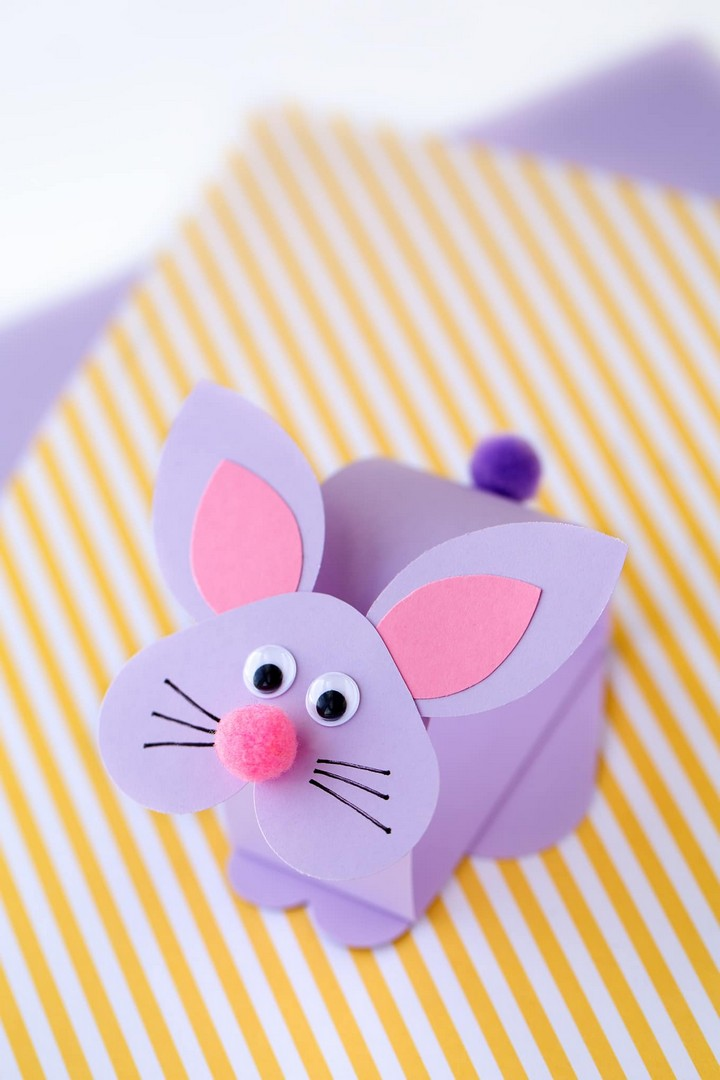 Easy and Fun Bobble Head Bunny Craft