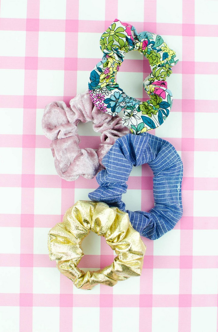 Great DIY Scrunchies From Scrap Fabric