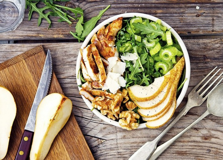Grilled Chicken Arugula And Pear Salad With Toasted Walnuts