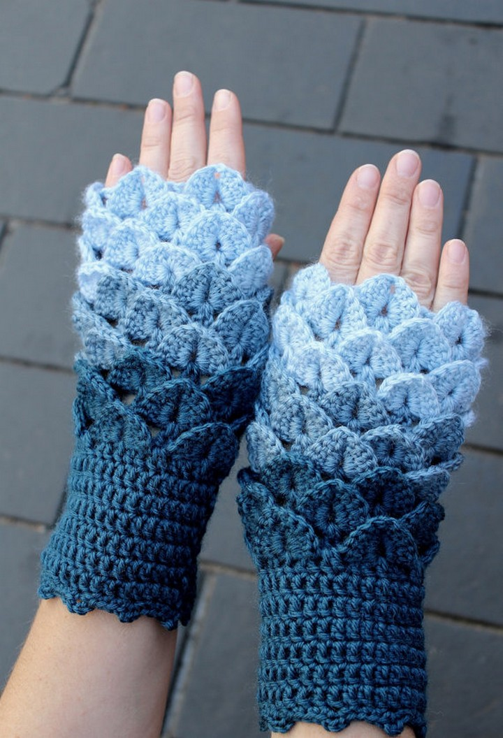 Handmade Crochet Fingerless Gloves For Winter Blue Crocodile Stitch Drag