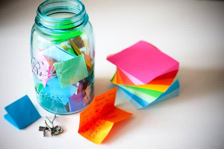 How To Make DIY Memory Jar With Meson Jar