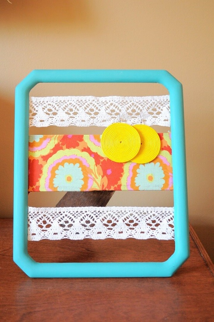 How To Make Lace And Fabric Earring Holder