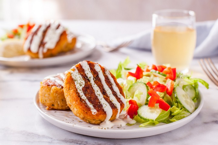 Simple Maryland Crab Cakes