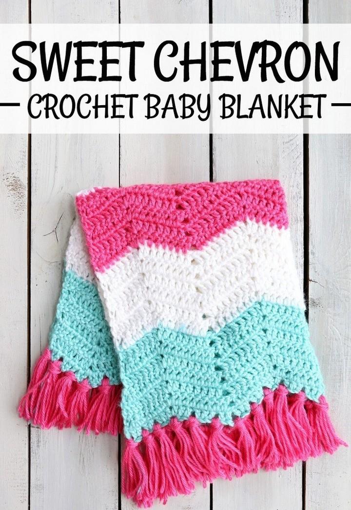 Sweet Chevron Pattern Crochet Baby Blanket