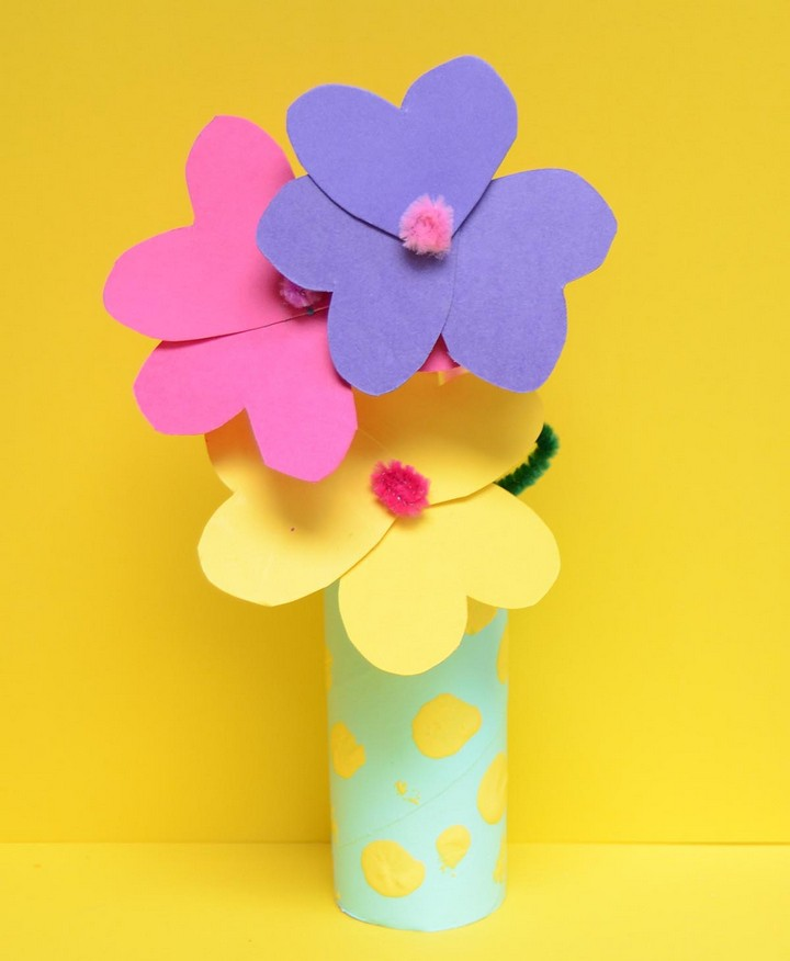 Toilet Roll Craft – Paper Flowers and Vase