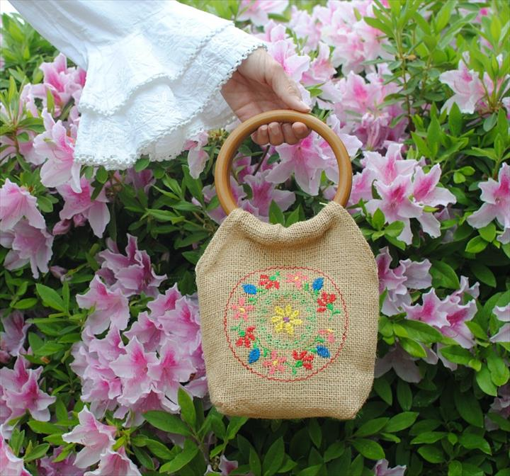 DIY Colorfull Embroydri Burlap Purse