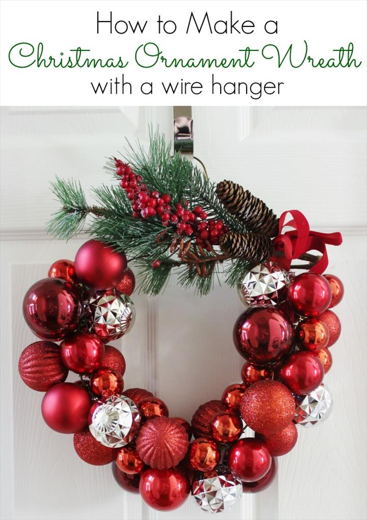 Easy To Make Chirtmas Ornament Wreath