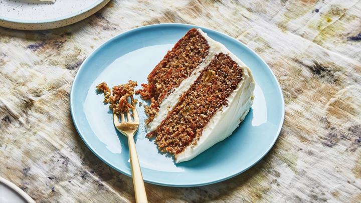 Healthy Tricky Dessert Cake With Cream