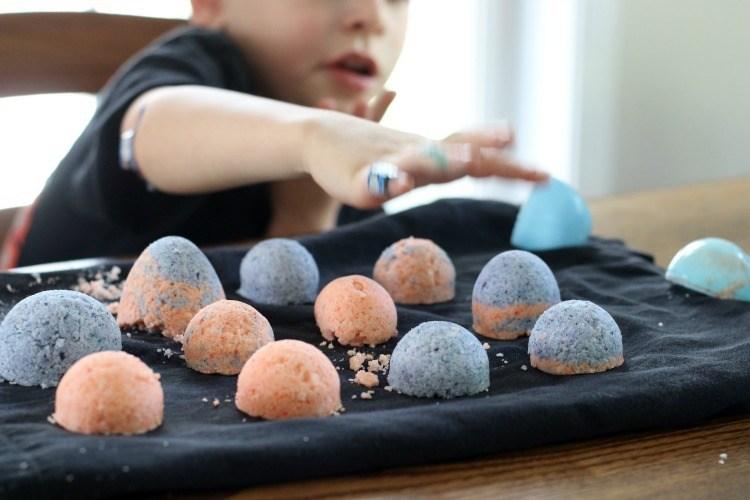 DIY Bath Bombs For Kids DIY Bath Bombs Recipe