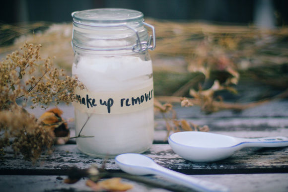 5 Best Homemade Makeup Remover DIY Recipes Easy To Make
