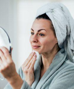DIY Makeup Remover - Best Natural Makeup Remover