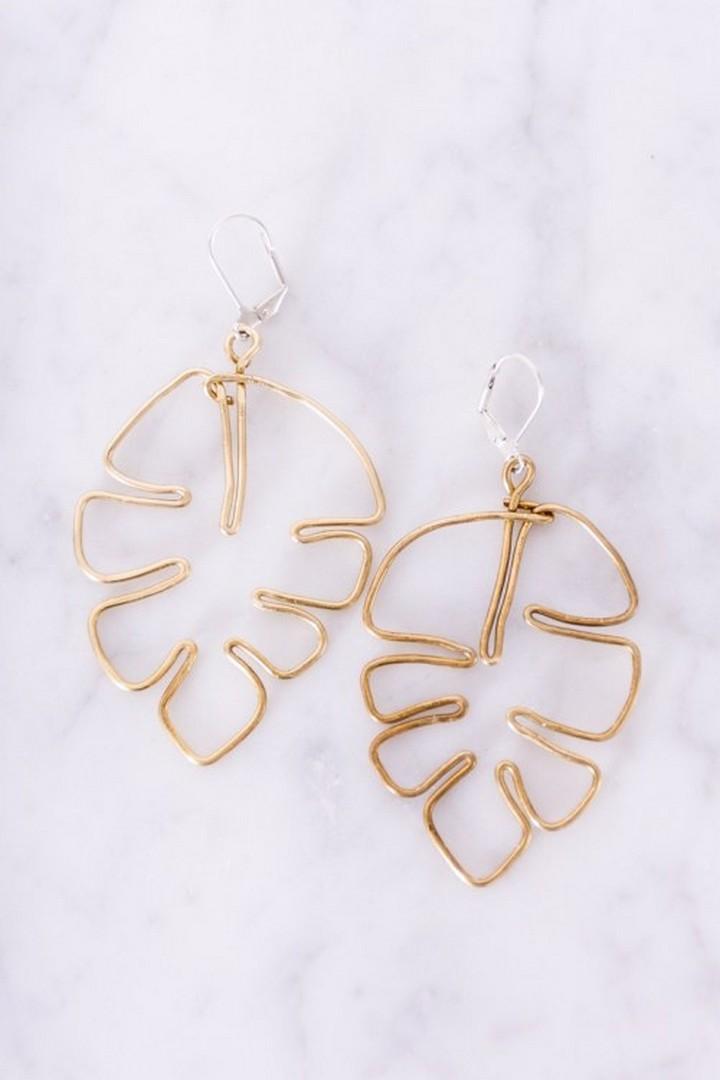DIY Breass Monstera Leaf Earrings