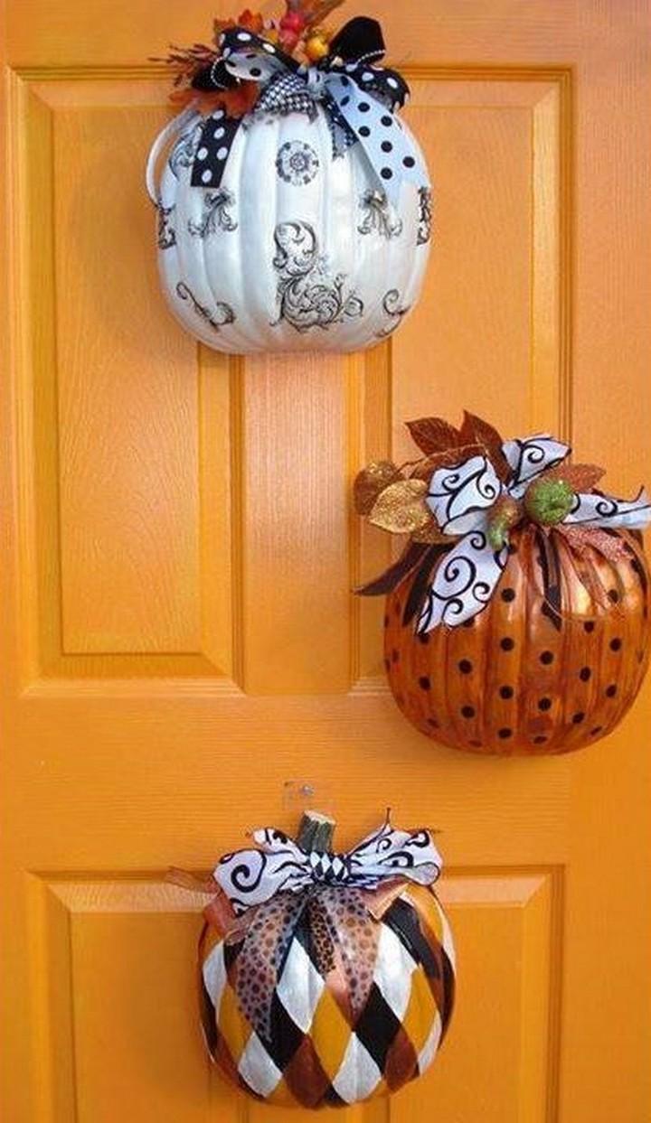 DIY Half Pumpkin Door Decor